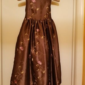 New! Girls Dress(Size 7)